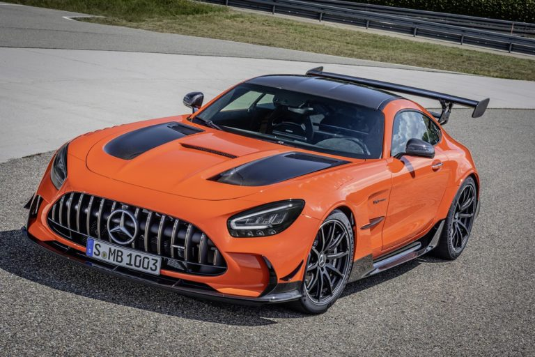 Mercedes-AMG GT Blackseries Sonderfarbe AMG magmabeam