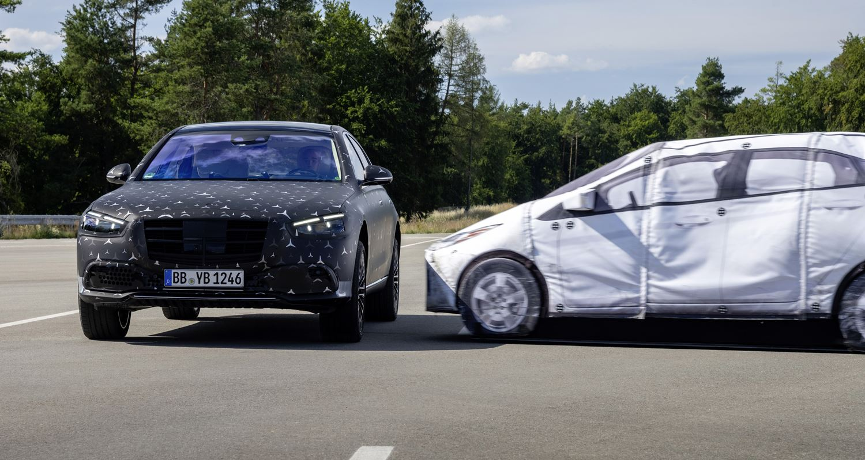 Mercedes-Benz 2021 S-Klasse PreSafe Implus Seite