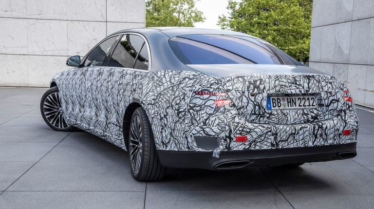 Mercedes S-Klasse W223 Hinterachslenkung