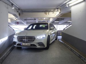 Mercedes S-Klasse Automated Valet Parking auf Level 4