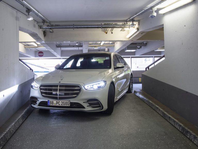 Mercedes S-Klasse Automated Valet Parking auf Level 4