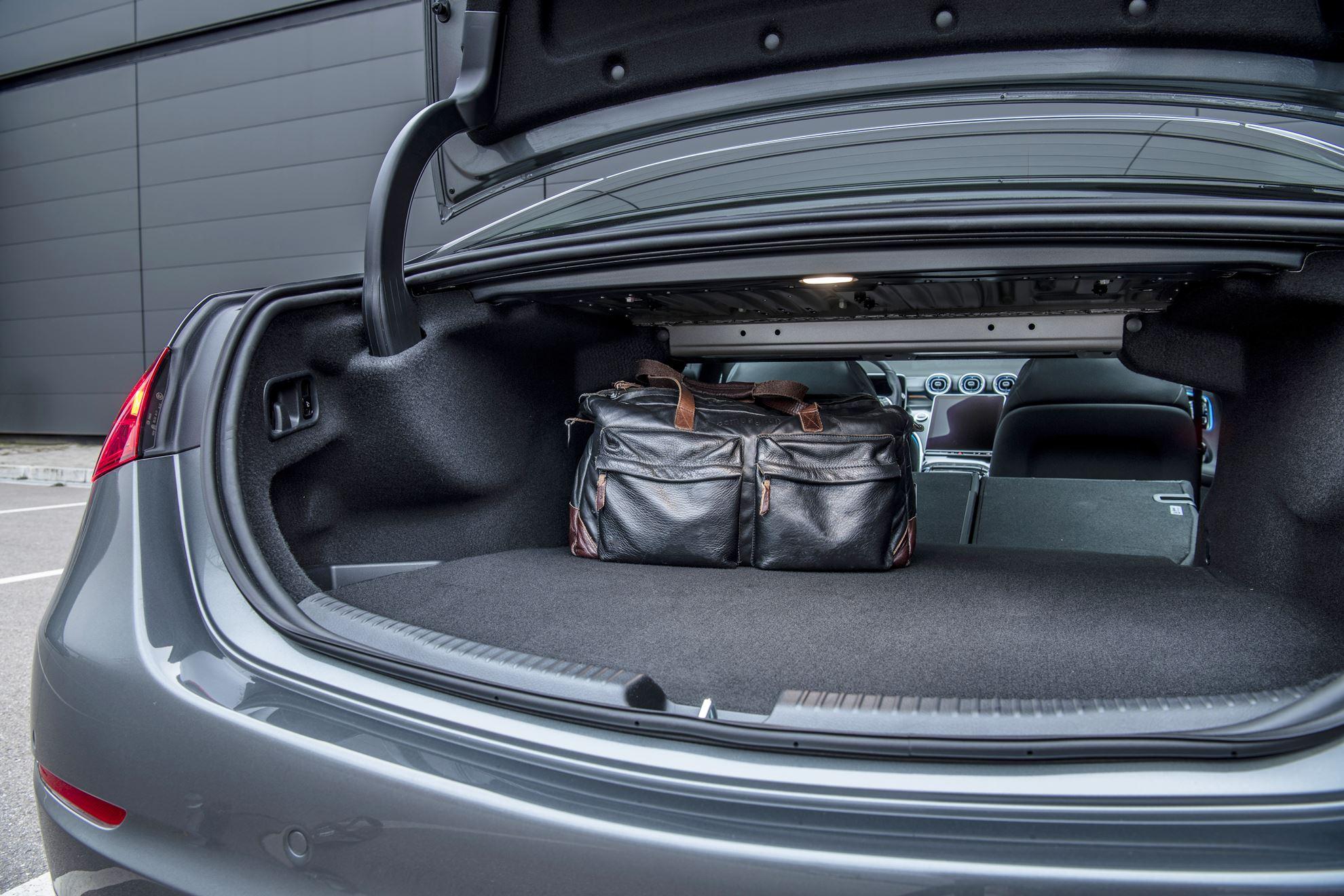 Mercedes C 300e Plug-in-Hybrid Kofferraum