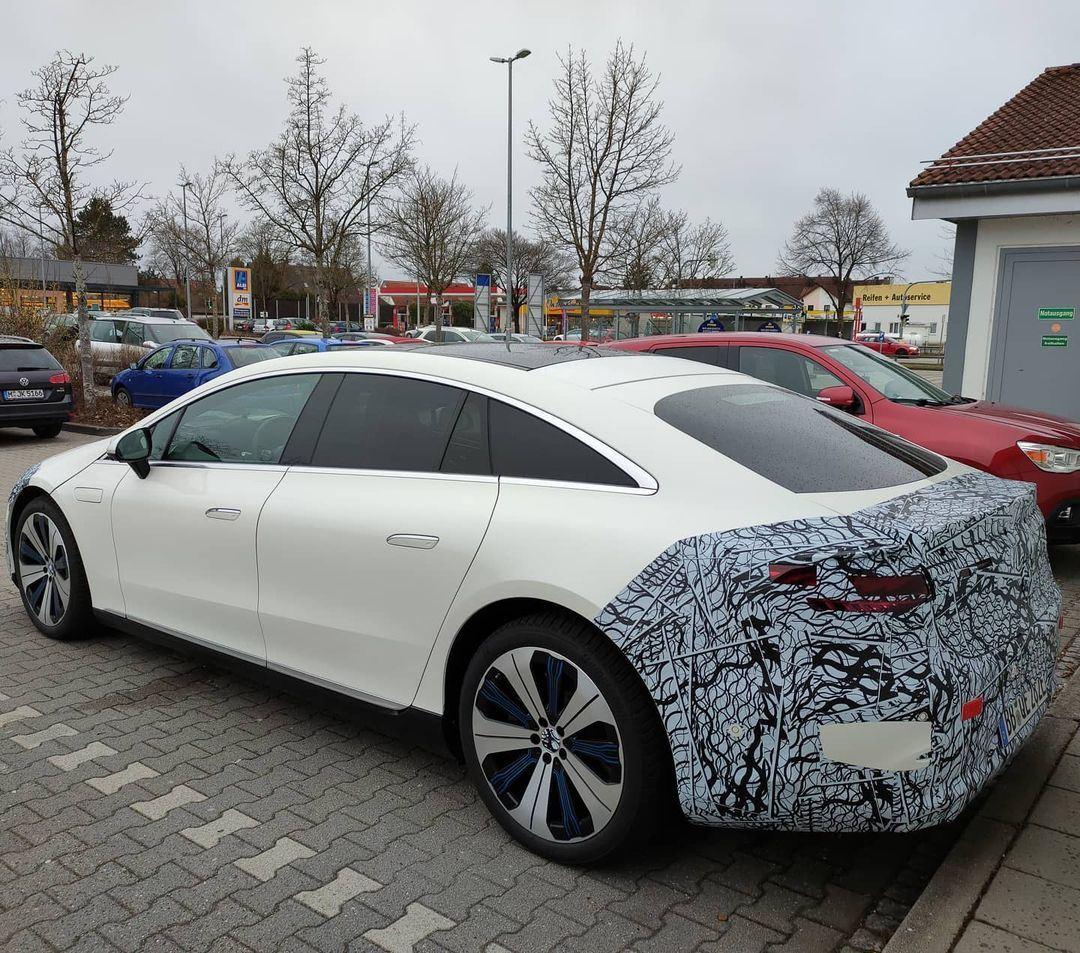 Mercedes EQS Erlkönig V297