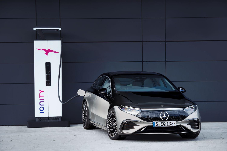 Mercedes EQS ionity